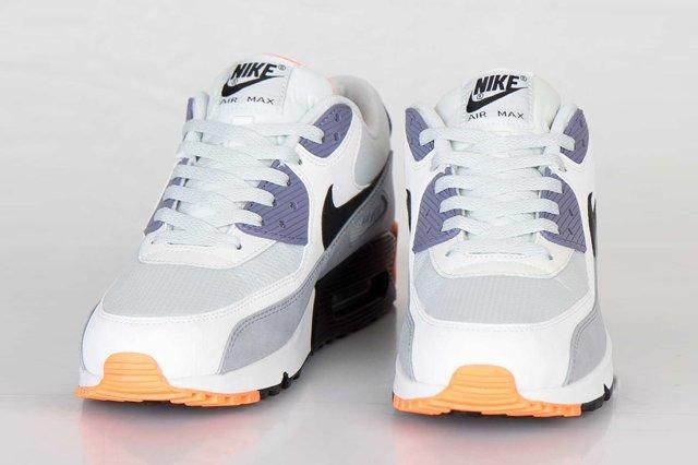Nike Air Max 90 Essential Iron Purple Atomic Orange 5
