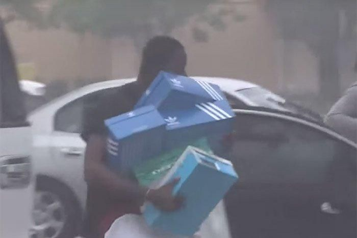 Foot Locker Gets Looted 2