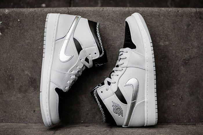 Air Jordan 1 Pure Platinum 5