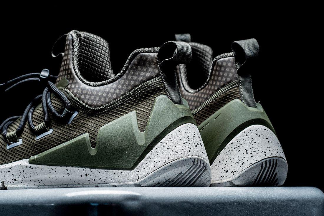 Nike Air Zoom Grade 2