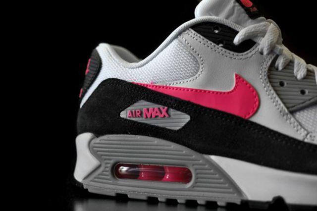 Nike Air Max 90 Hyper Pink 4