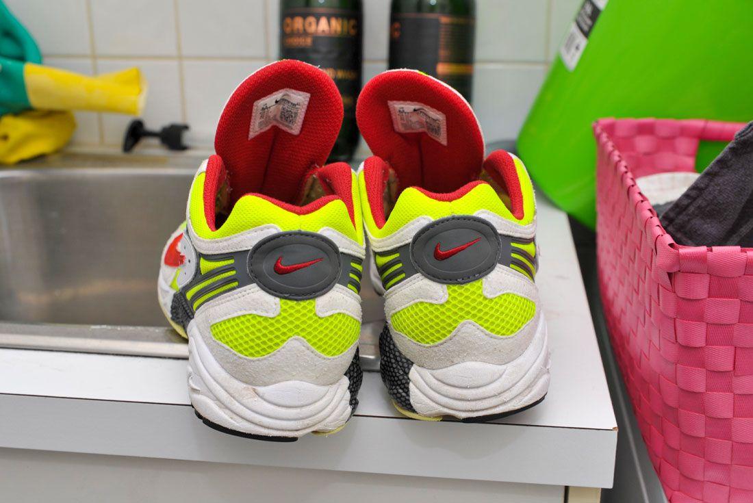 Nike Air Ghost Racer Clean