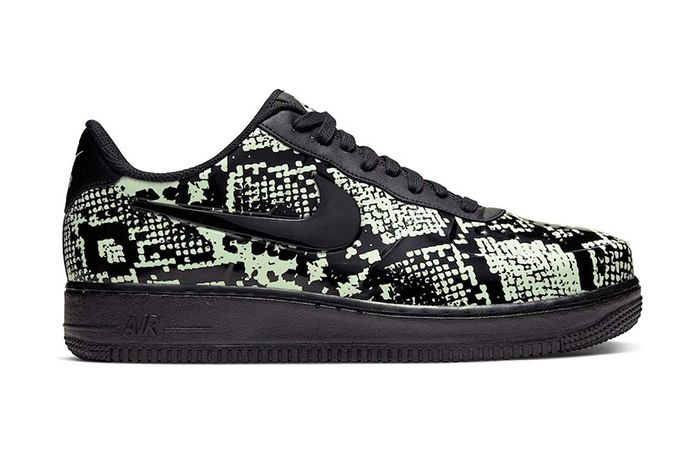 Nike Air Force 1 Low Foamposite Pro Cup Snakeskin Aj3664 300 Release Date Lateral