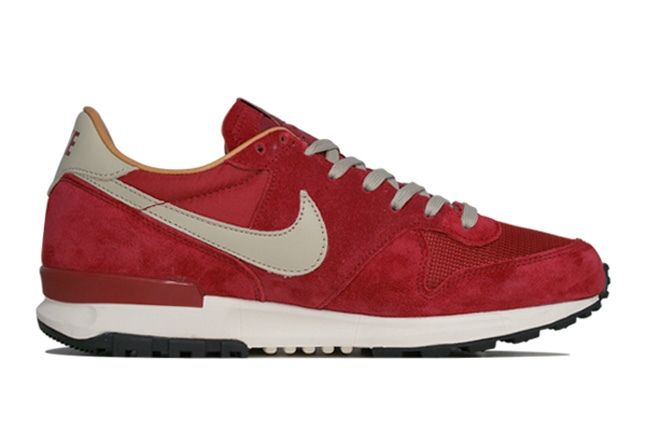 Nike Air Solstice Red Outer 1