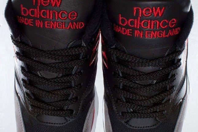 New Balance 1500 Black Red White Pair Tongue 1