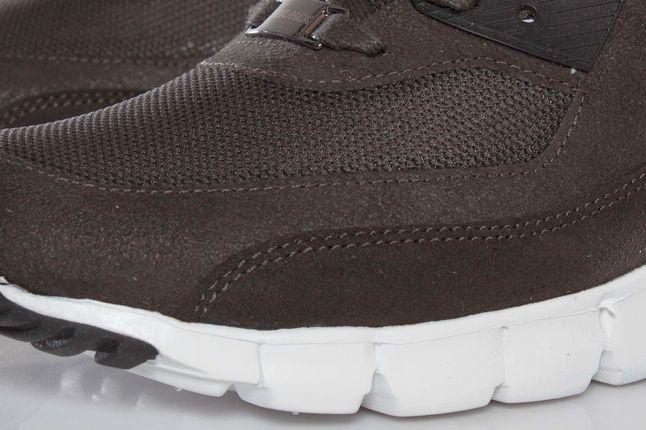 Nike Air Max 90 Paris City Toe Detail 1