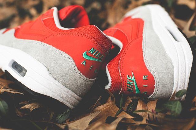 Nike Air Max 1 Daring Red Bumper 1
