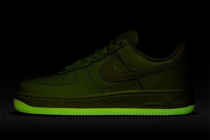 Nike Air Force 1 Volt Glow 3