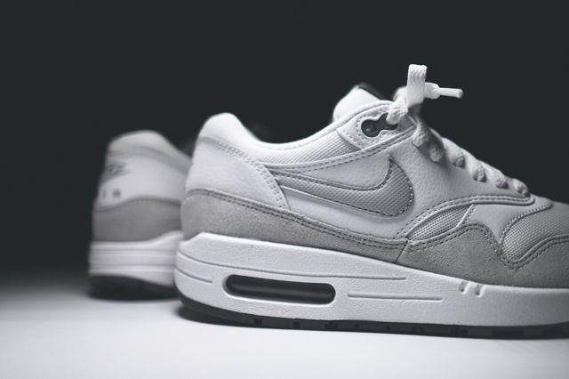 Nike Air Max 1 Wmns White Grey Mist 3