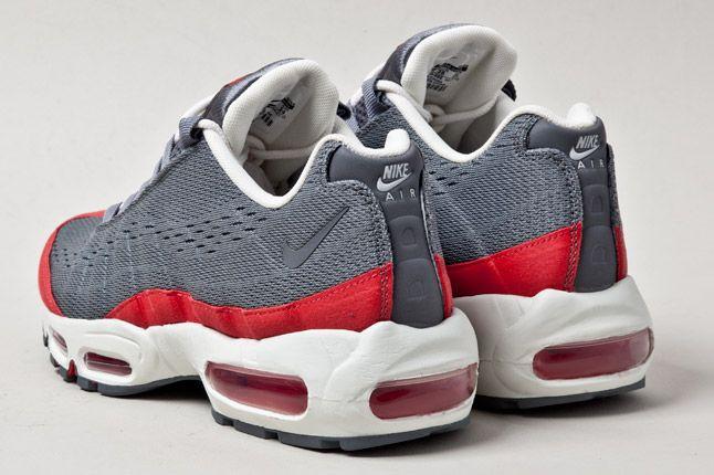 Wmns Nike Air Max 95 Wyn Tokyo Red Grey Heel 1