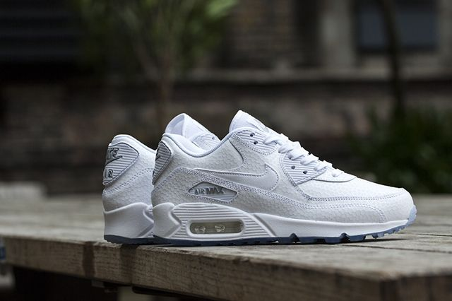 Nike Wmns White Ice Pack 6