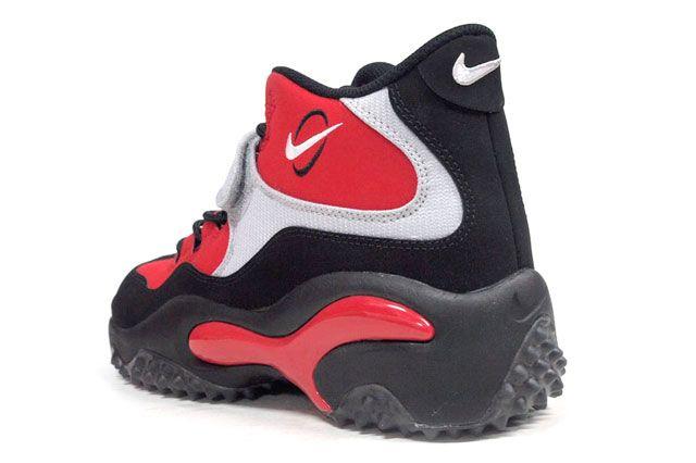 Nike Air Zoom Turf Red Heel