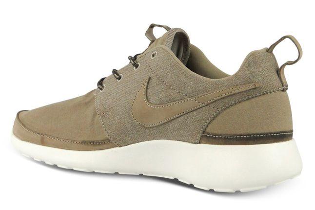 Nike Roshe Run Premium Nrg Qs Pack Beige Heel Quater 1