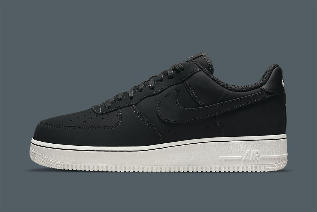 Nike Air Force 1 LX Off Noir