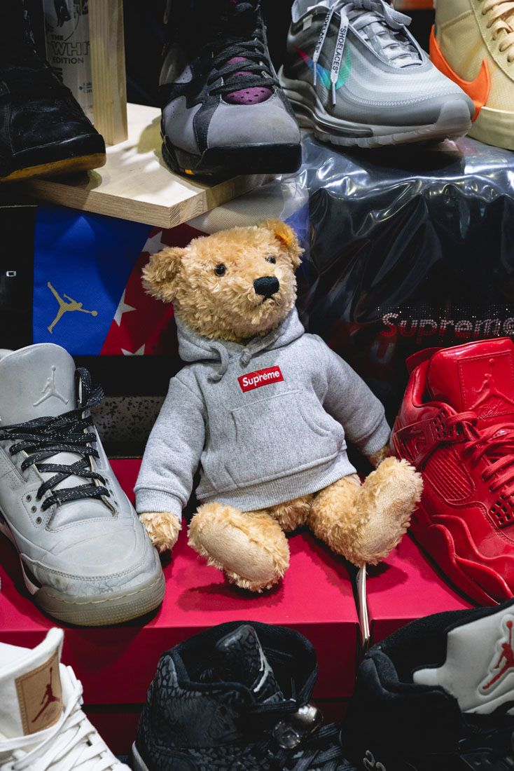 Sneakerness Zurich 2019 Event Recap 36 Supreme Bear