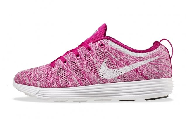Nike Wmns Flyknit Trainer February Releases 8