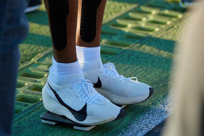 Nike Breaking2 Zoom Vaporfly Elite 4
