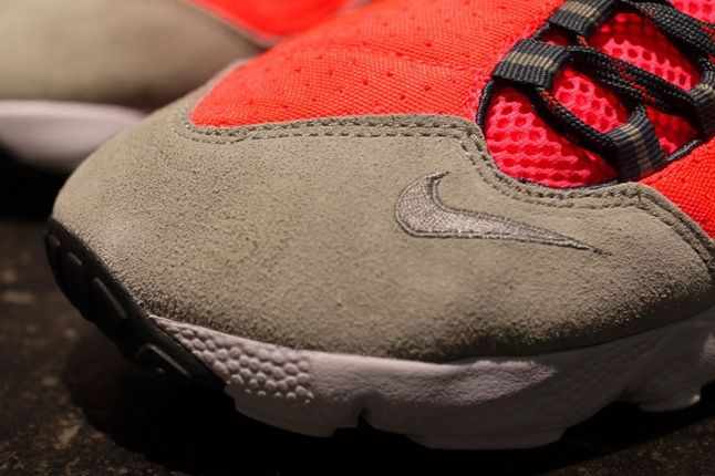 Nike Air Footscape Motion Grey Infra Toe Detail 1