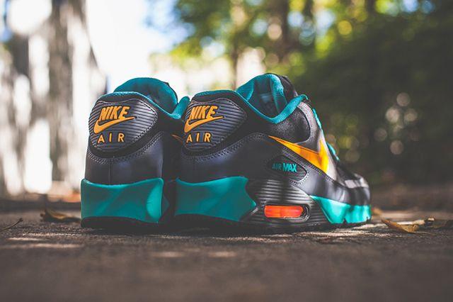 Nike Air Max 90 Winter Premium Laser Orange 1