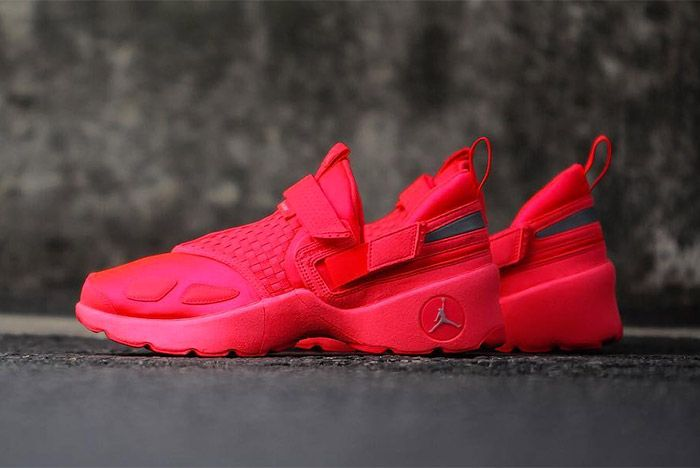 Jordan Trunner Crimson Red 2