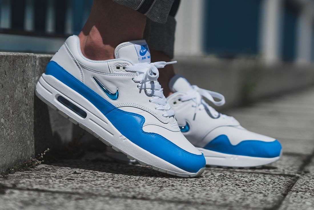 Nike Air Max 1 Jewel University Blue 4