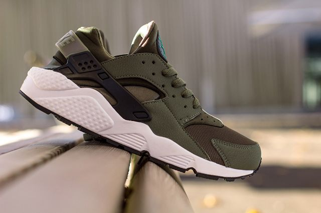 Nike Air Huarache Iron Green