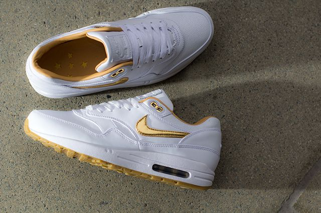 Nike Air Max 1 Fb Woven Metallic Gold 2