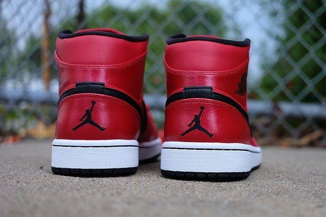 Air Jordan 1 Gym Red 4