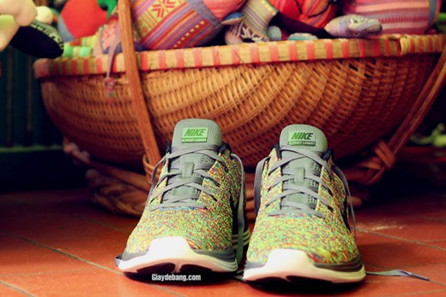 Nike Lunar Flyknit One Multi Color Front 1