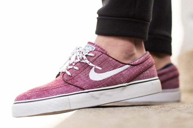 Nike Sb Stefan Janoski Canvas Team Red 02