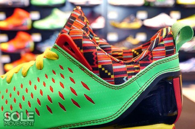 Adidas Rose 3 Low Tribal Heel Detail 1