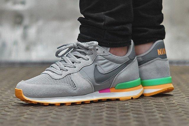 Nike Internationalist Cool Grey Candy 4
