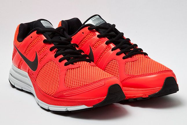Quarter Nike Structure16 Shield Crimson 1