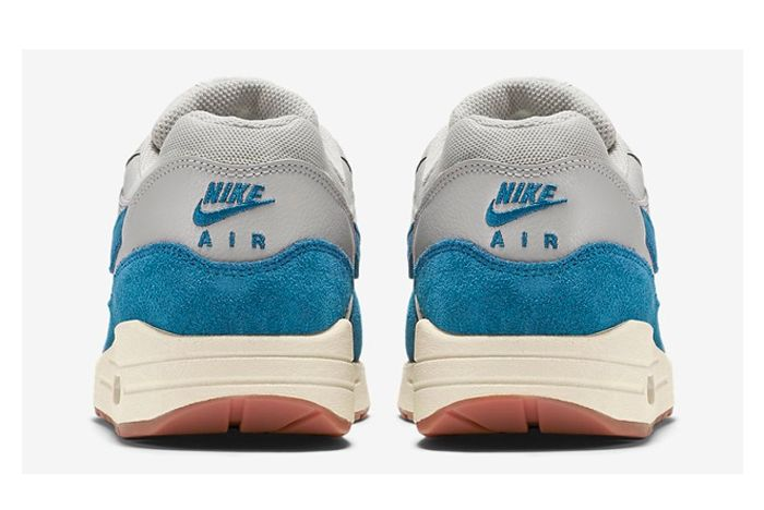 Nike Am1 Vintage Royal Bump Ndc 6