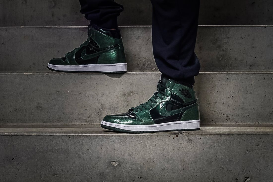 Air Jordan 1 Retro Hi Grove Green 3