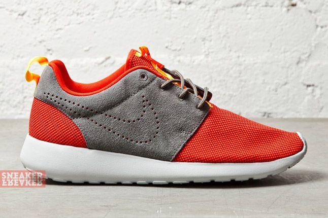 Nike Roshe Run Challenge Red 1