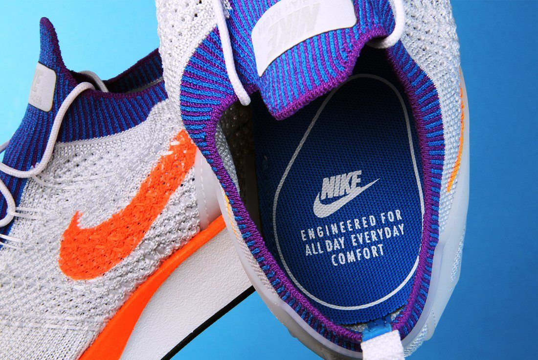 Nike Air Zoome Flyknit Mariah Racer 2