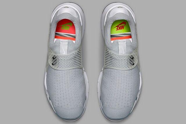 More Nike Sock Dart 9