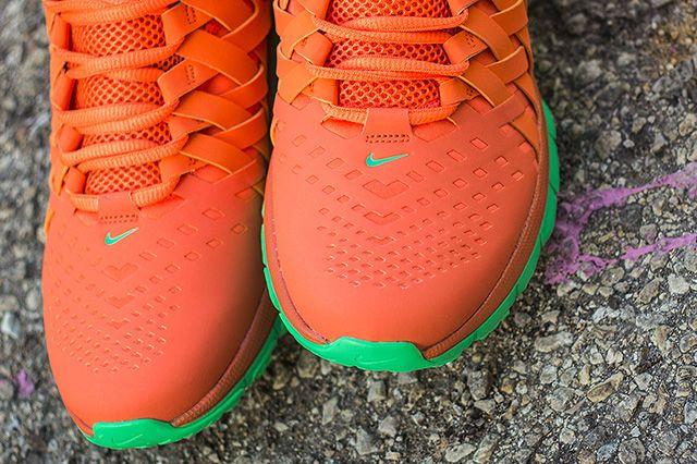 Nike Fingertrap Max Nrg Turf Orange 2