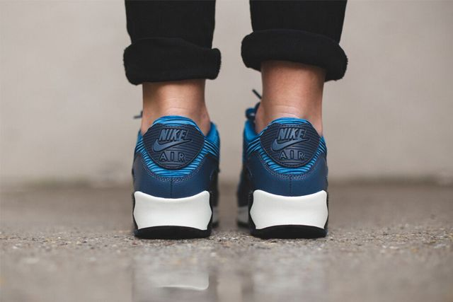 Nike Am90 Blue 1