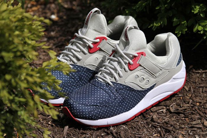 Saucony Grid 9000 Microdot 1