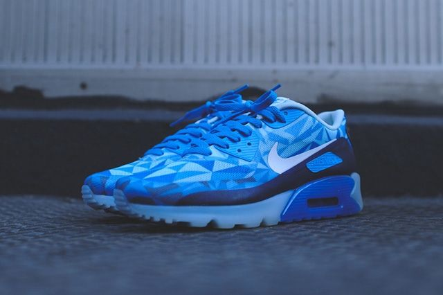 Nike Air Max 90 Ice Barely Blue 5