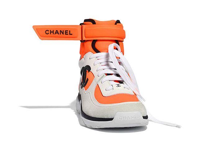 Chanels New Footwear Bangs 5