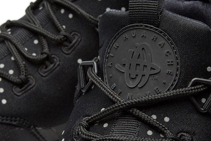 Nike Air Huarache Utility Black 2