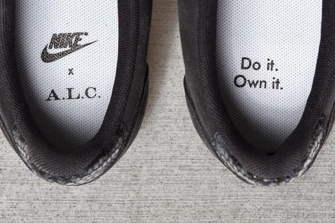 A L C X Nike Cortez 12