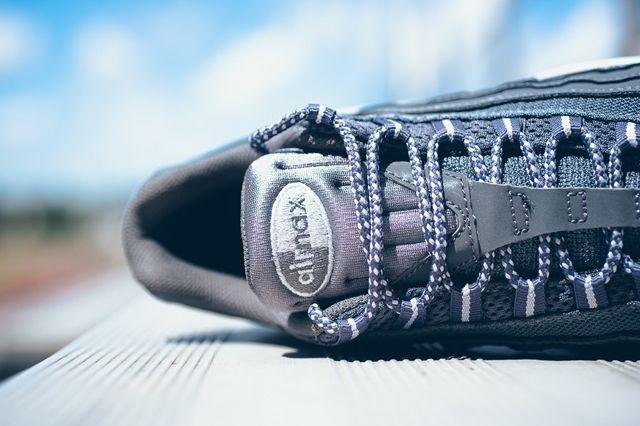 Nike Air Max 95 Dark Grey Wolf Grey 3