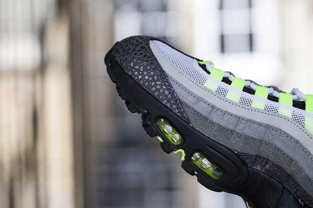 Nike Air Max 95 Neon Premium 3