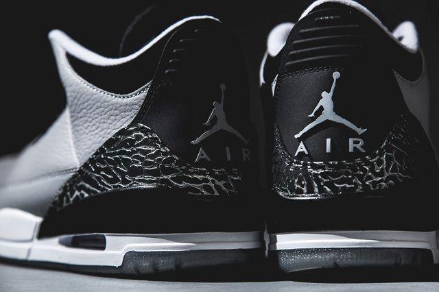 Air Jordan 3 Wolf Grey Bump 1