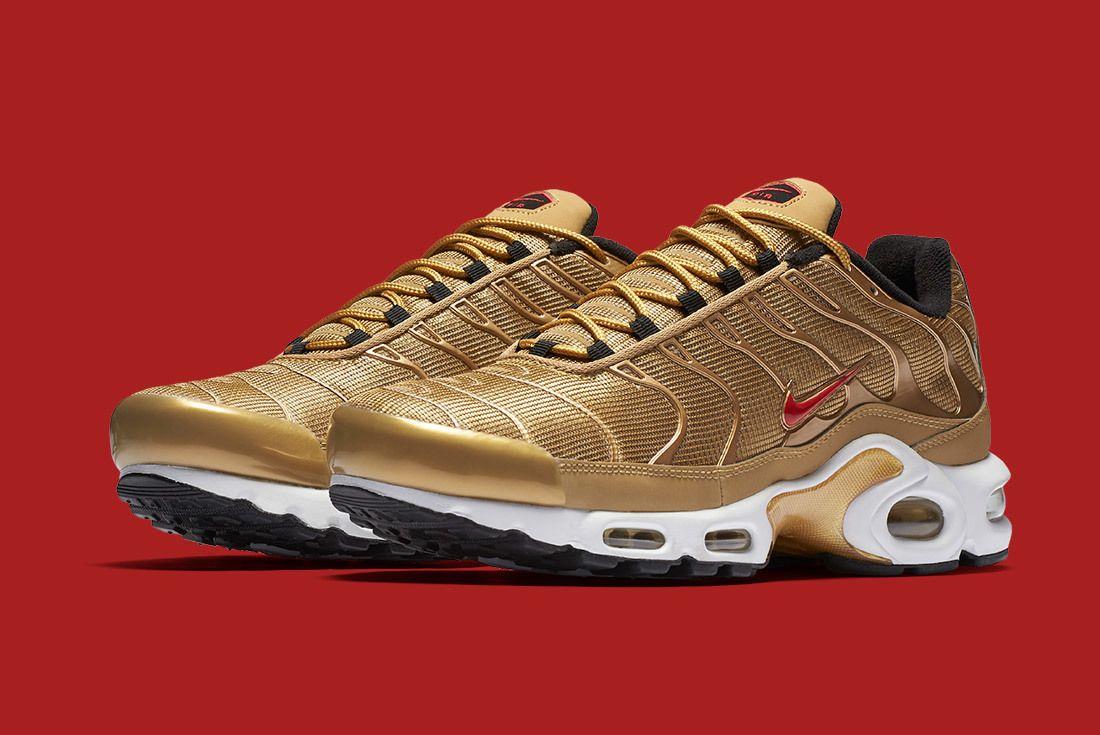 Air Max Plus Metallic Gold 5