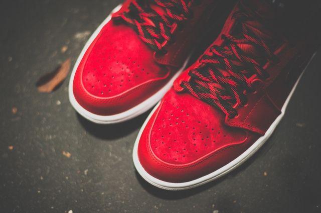 Air Jordan 1 High Og Red Olive 7
